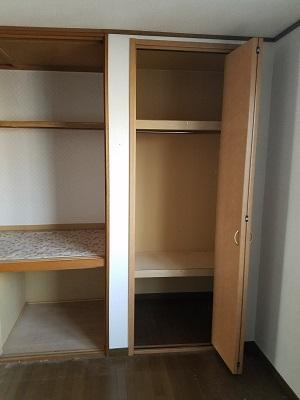 実際にゴミとして処分した家具を整理した後の家の中