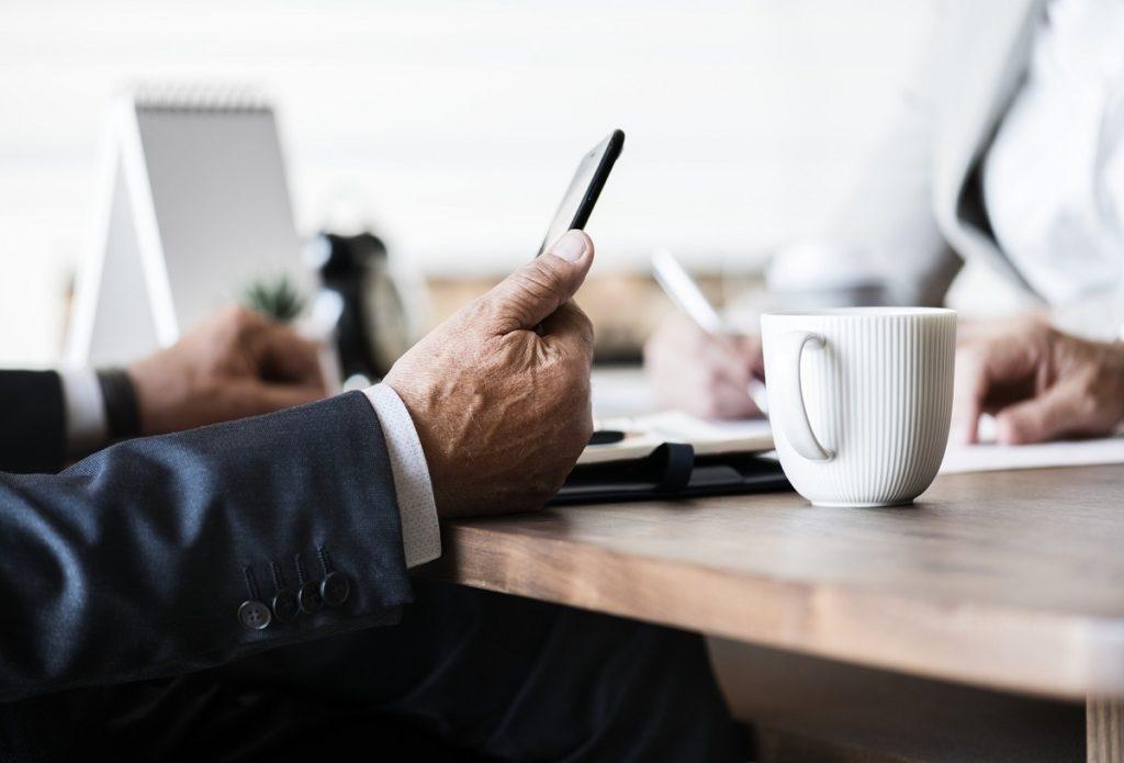 介護離職した経験アドバイスをブログで綴る